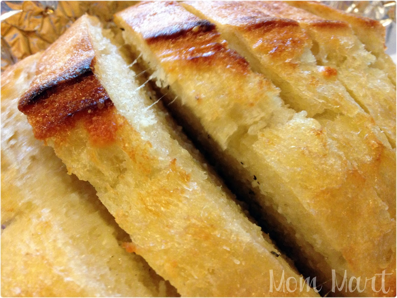 Mom Mart: It's all about the bread {Grilled French Bread #Recipe}