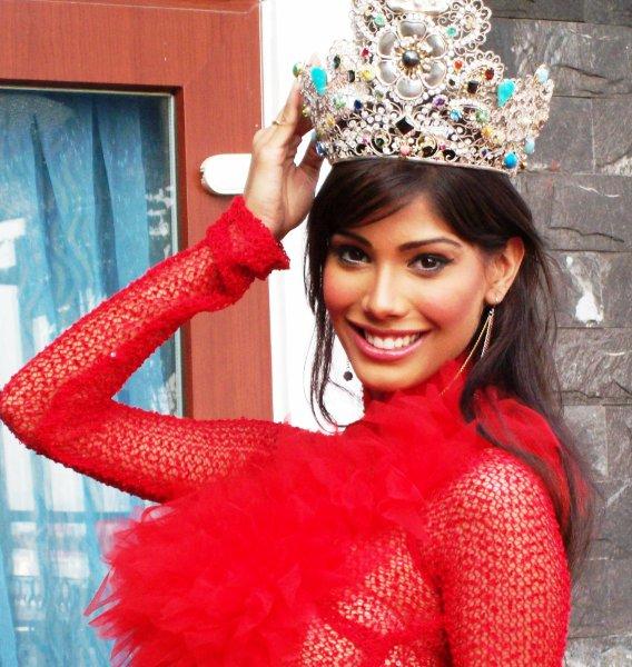 miss earth india 2010,Nicole Faria