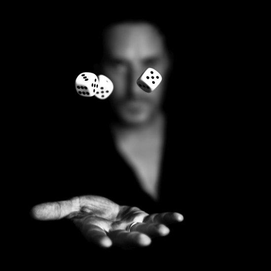 Benoit Courti fotografia artística detalhes em preto e branco