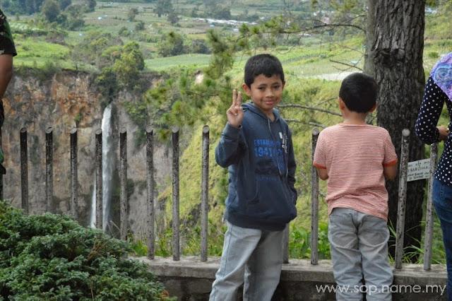 Melancong ke Medan - Perjalanan ke Brastagi