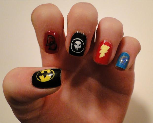 weeklywackynails superhero nail