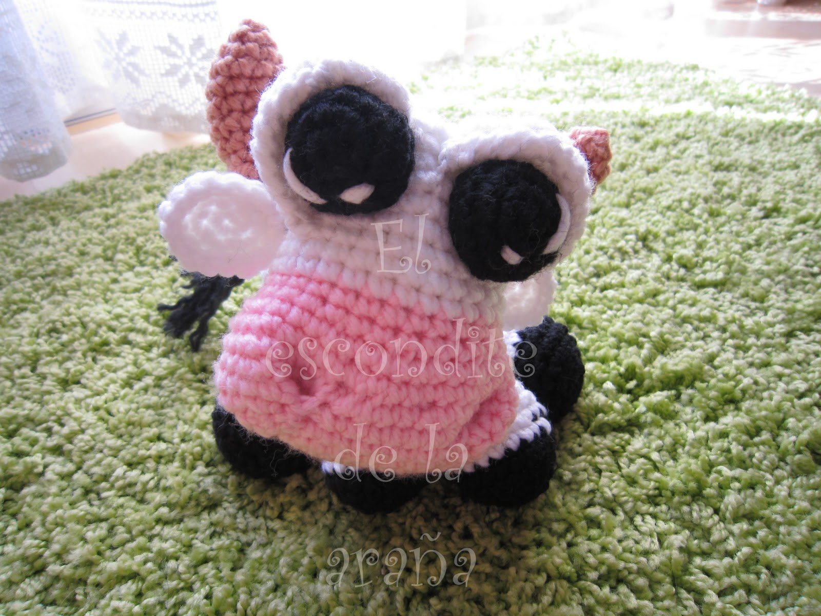 Amigurumi Venta : El escondite de la arana: Vaca amigurumi