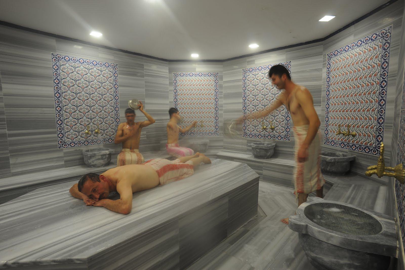 Турки в бане хамам миньет женщине