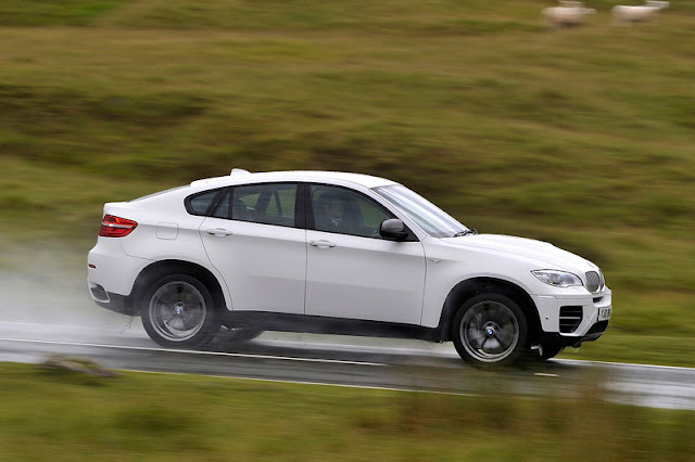 2012 BMW X6 M50d Front Exterior