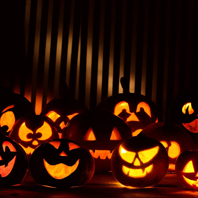 Halloween themed HD wallpapers for the new iPad