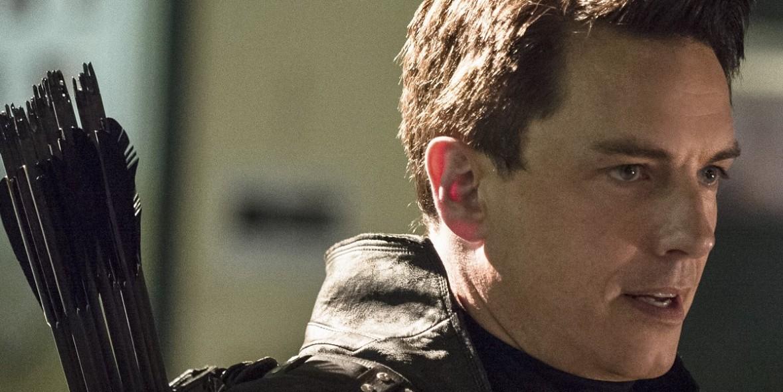 Arrow - Season 4 - John Barrowman Discusses Malcolm Merlyn's Role In Season 4