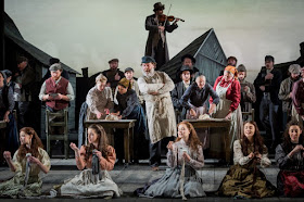 Bryn Terfel and ensemble, Fiddler on the Roof, Grange Park Opera - photo credit Robert Workman