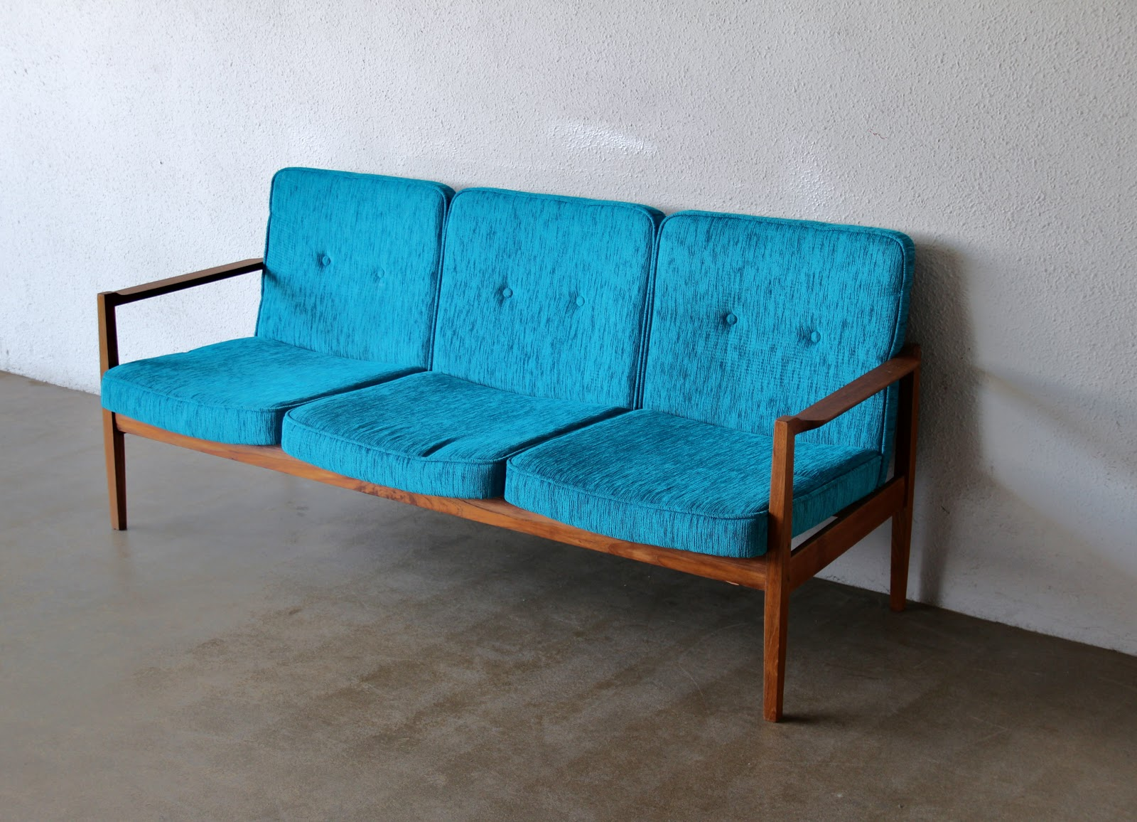 Second charm furniture vintage midcentury sofas and for Retro furniture