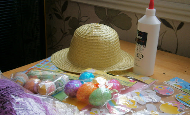 cheap and easy way to make a childs easter bonnet
