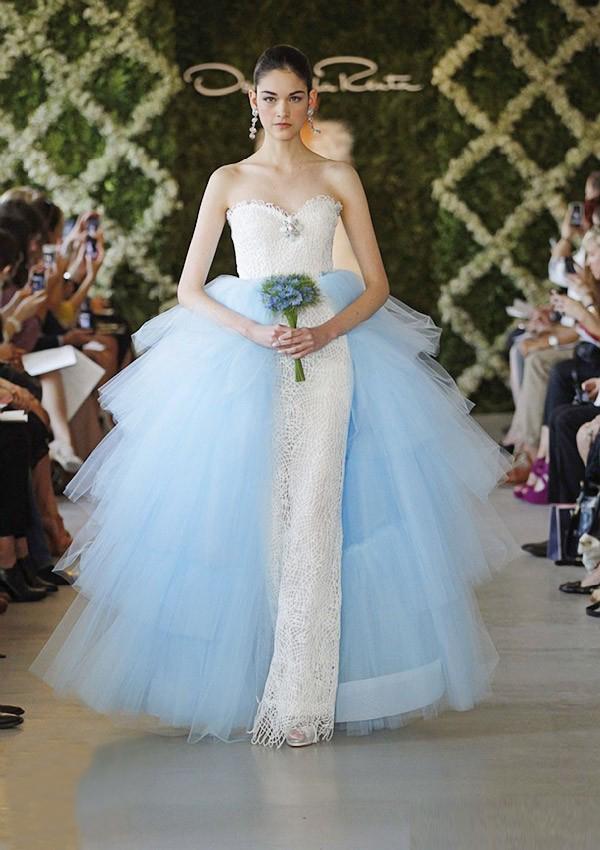 Medieval Wedding Dresses: April 2013