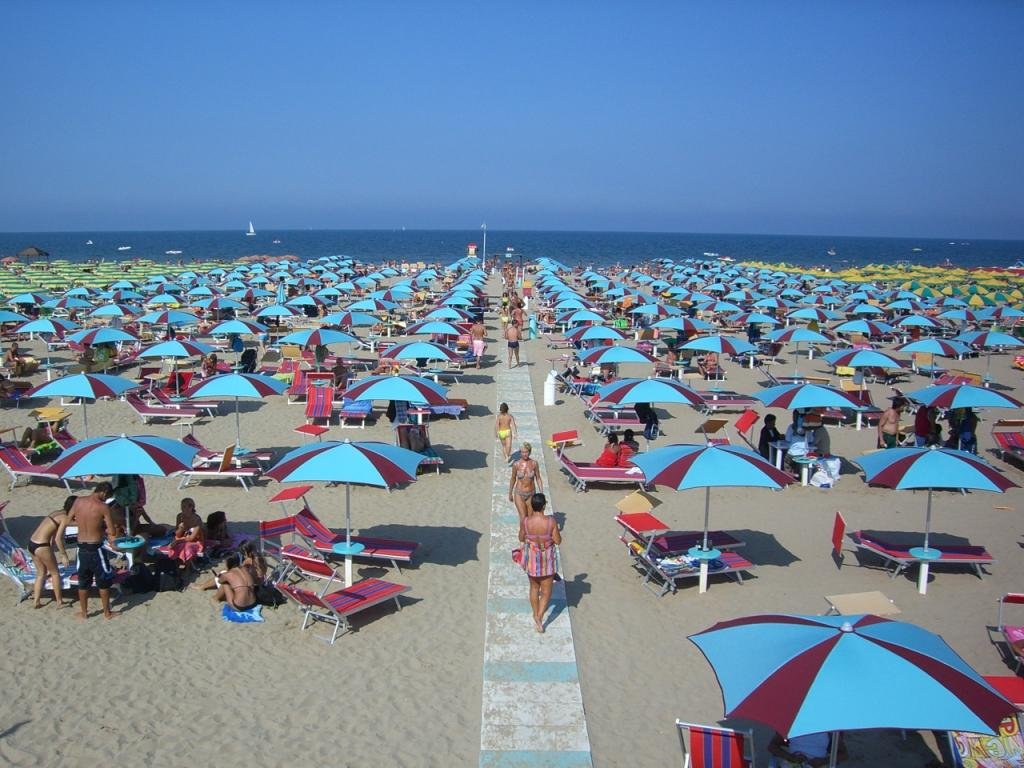 Rimini Italy  city photos gallery : ... For Chiang Mai Thailand , Pattaya Thailand and Rimini Italy is