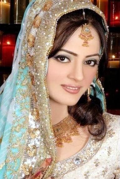Cute Bridal Makeup Pictures : Fashion world latest Fashion: Pakistani brides makeup ...