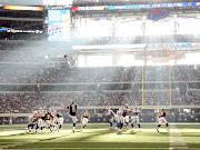 Fotos de fútbol americanoFotos Bonitas para el  (fotos de deporte batbol americano los rayos de luz)