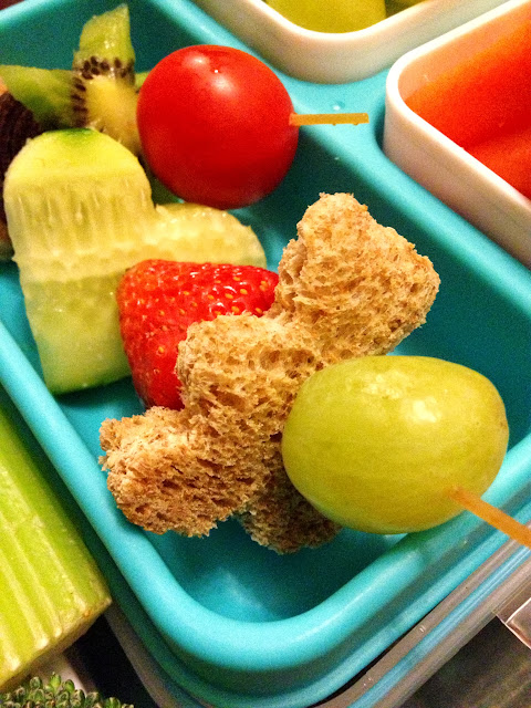 fun and healthy teddy lunch box kebabs