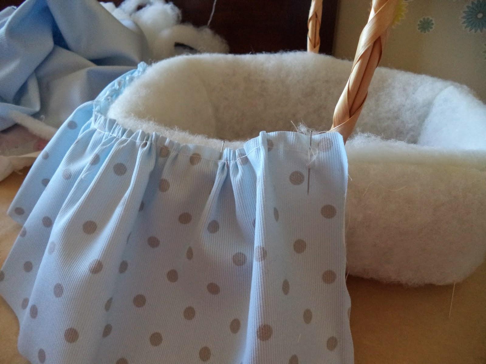 Pap cestita para bebe - Como adornar cestas de mimbre ...
