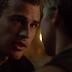 Nova de cena de Insurgente entre Tris e Quatro