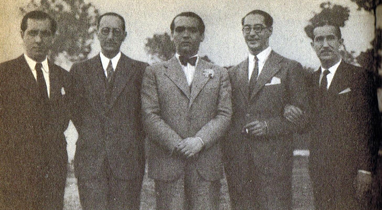 Lorca y unos amigos en Sevilla en 1935