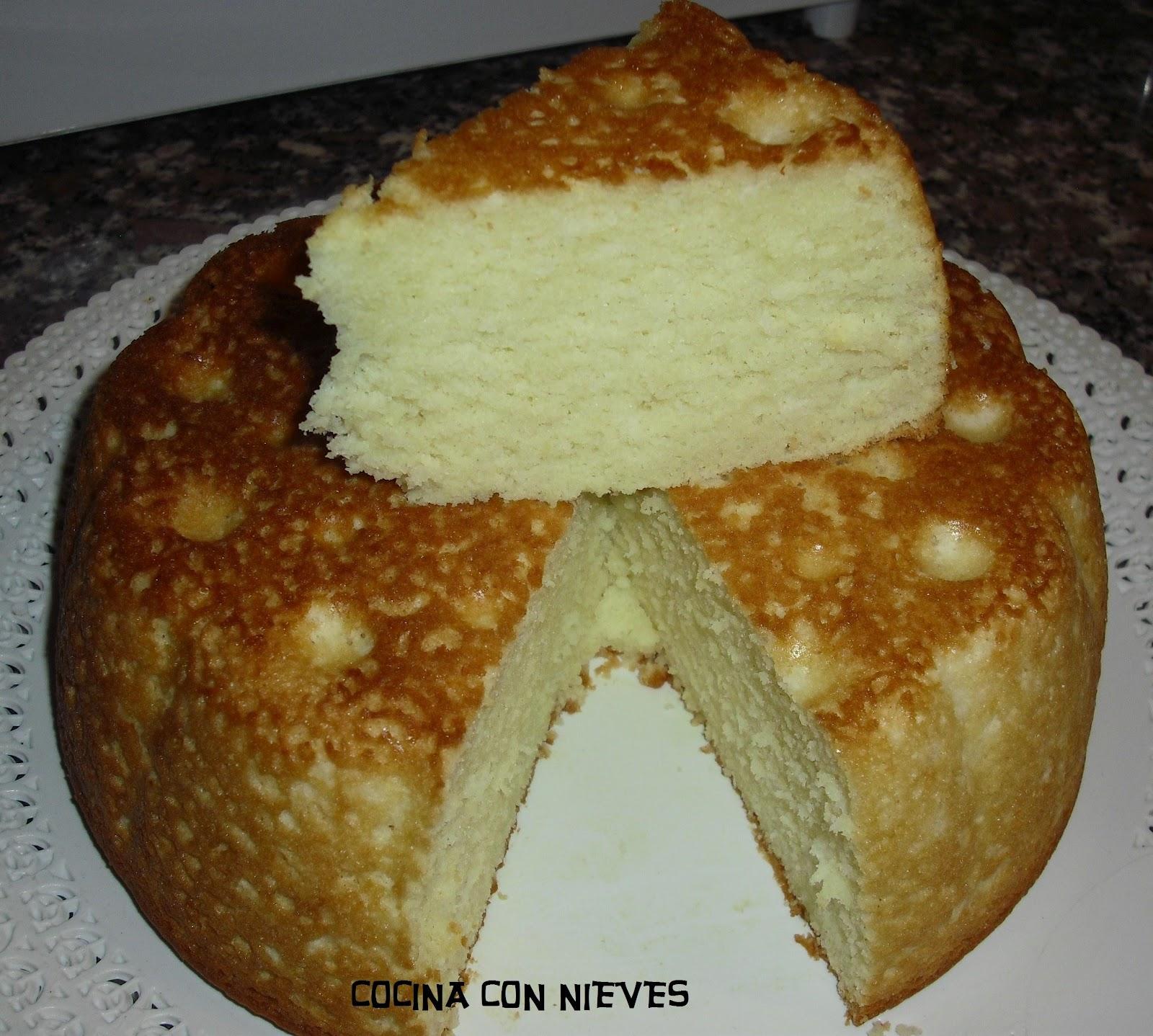 Cocina con nieves bizcocho de claras y nata for Cocina con sergio bizcocho