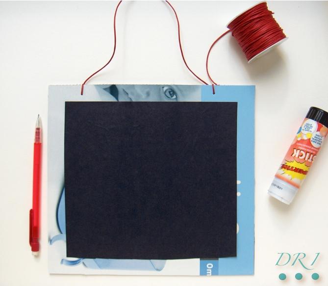 Decora recicla imagina hacer una pizarra con bolsas de for Como hacer una cocina de carton