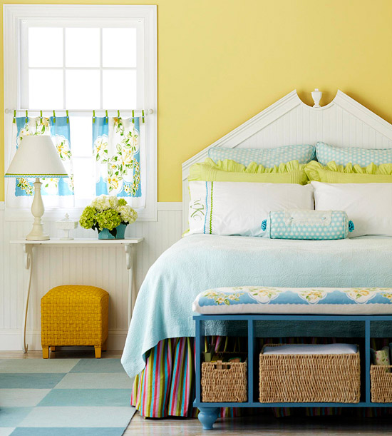 Decorating with Yellow Wall Bedroom Ideas
