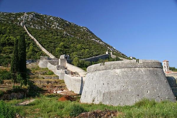 Tembok Paling Terkenal