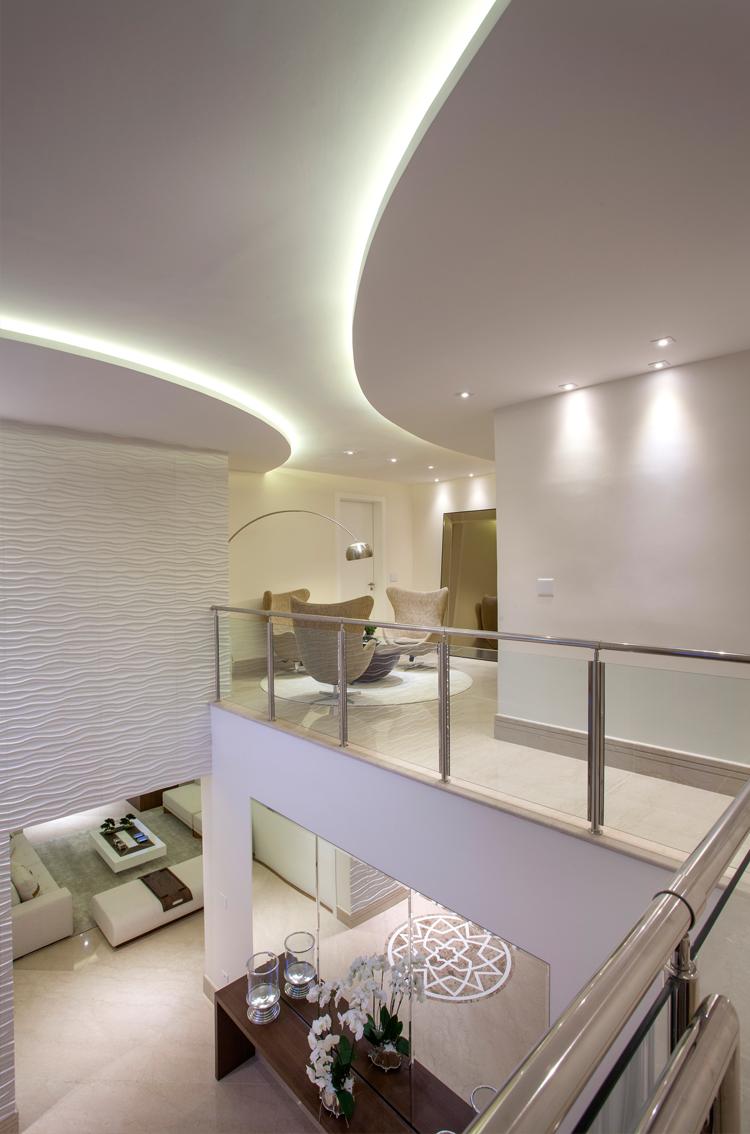 Casa com arquitetura e decoração contemporânea e clássica - linda