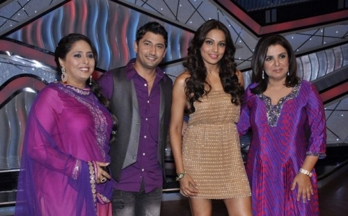 Bipasha Basu on the sets of Little Masters for promotion