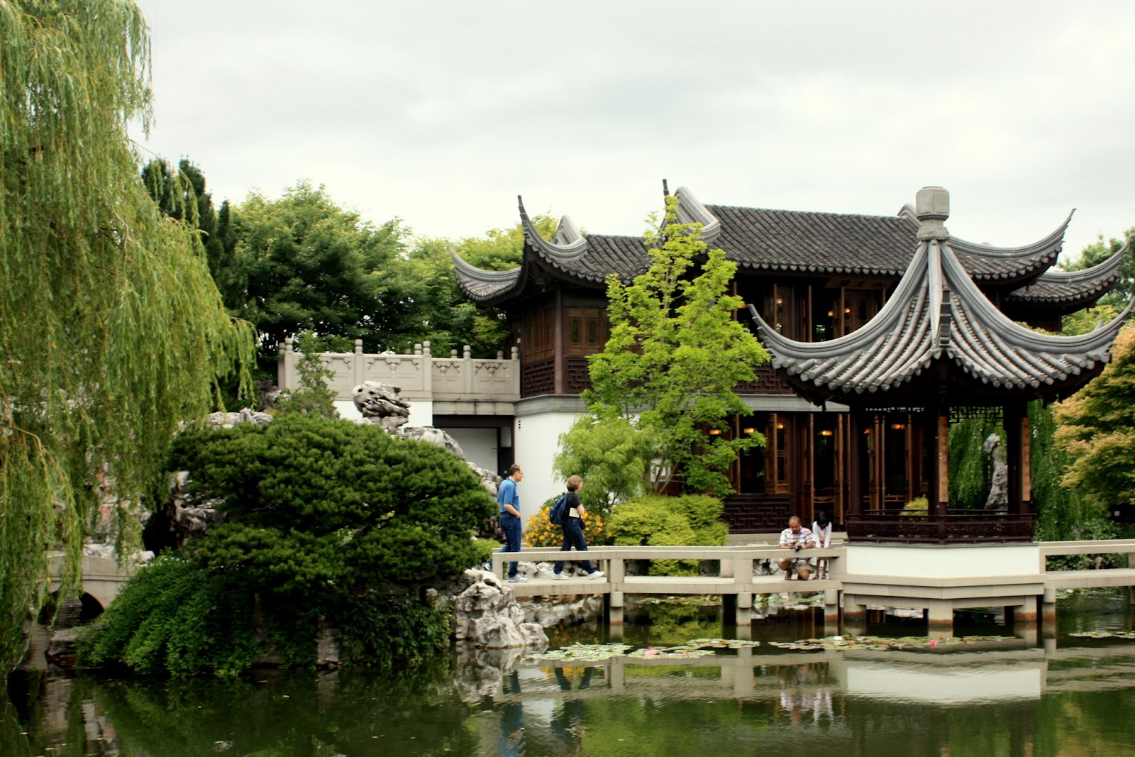 Rainy day thoughts: Lan Su Chinese Garden