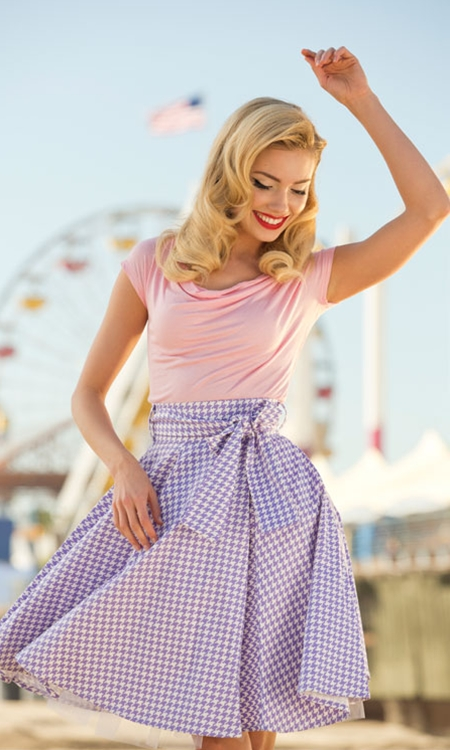 Owned and operated by women, Shabby Apple creates apparel that is artful in design and feminine to its core. From separates to date-night dresses, each piece is constructed to flatter a woman's figure and maintain her sense of mystery, resulting in looks that blend retro style with modern ideals.
