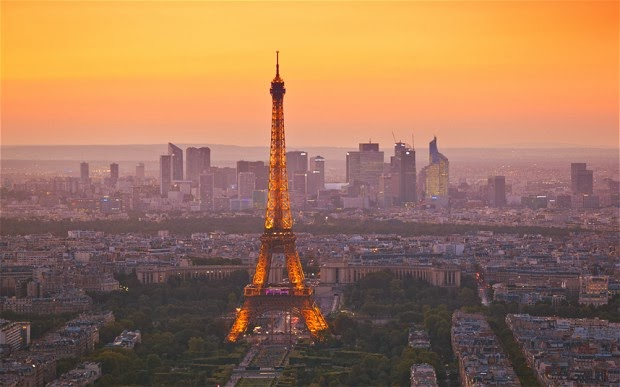 best photo of Paris in the world