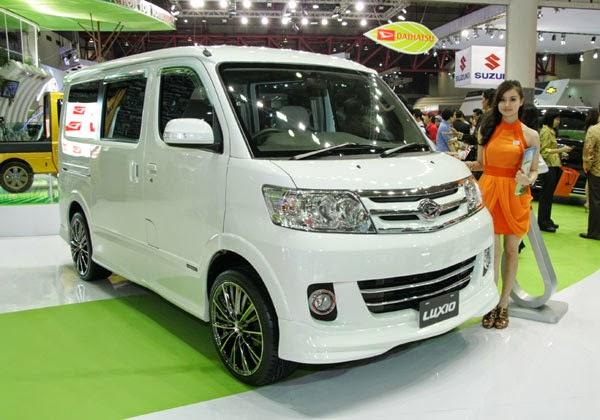 New Daihatsu Luxio VS New Nissan Evalia