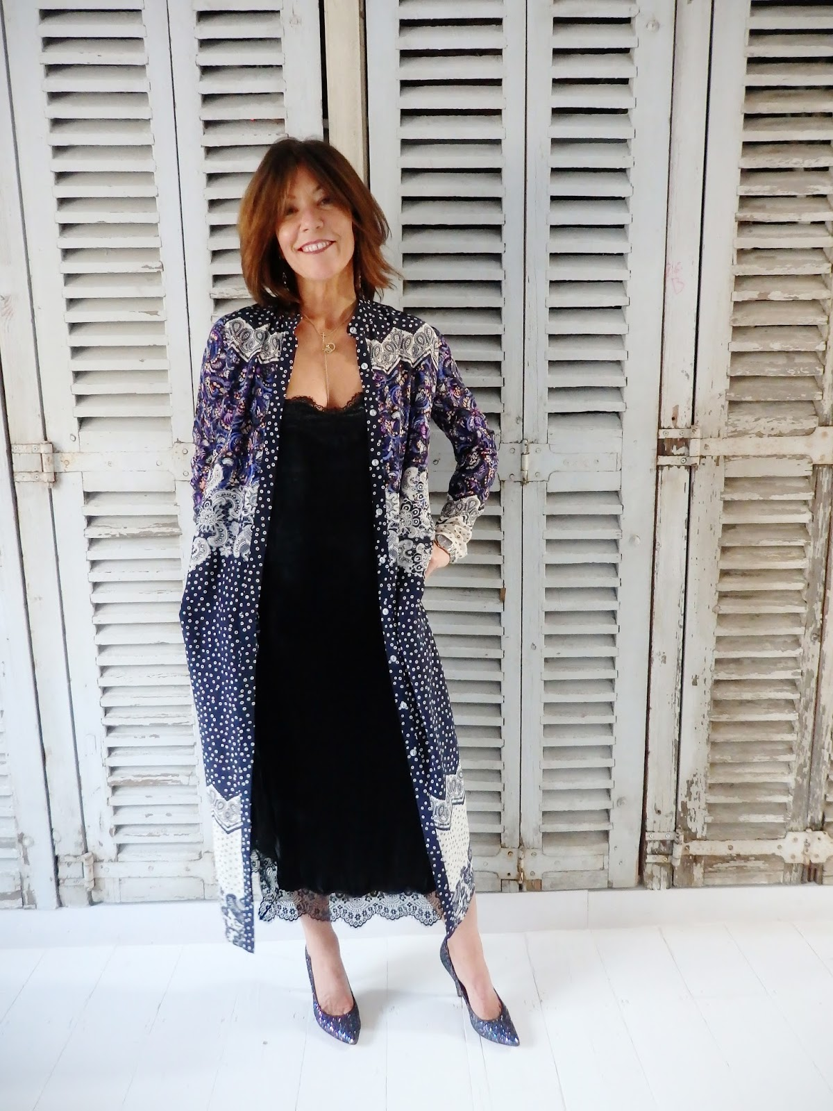 Dress up xmas party - Next We Re Off To Our Friends Fantastic Christmas Party At Their Gorgeous Home In Belgravia I Ve Got This Dress From Saloni It S New In And I Bought It To