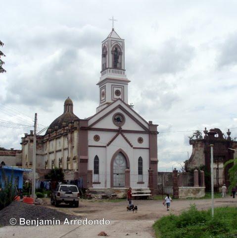 El Seor del Hospital Los templos de Vistahermosa Michoacn