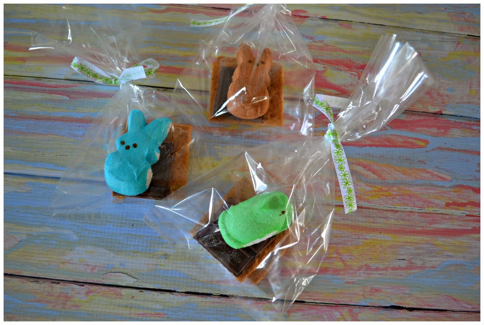 Easter S'more Treat Bags with  PEEPS® -  PEEPS® recipes