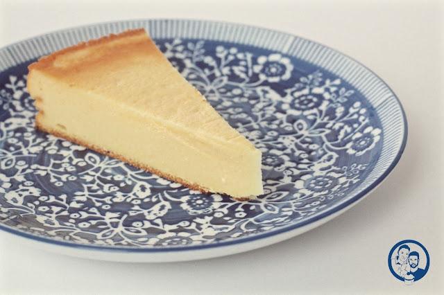 Himbeerprinzesschen Food Blog Oma Friedas Käsekuchen blau gemusterter Teller