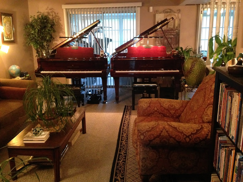 GRAHAM'S PIANO STUDIO