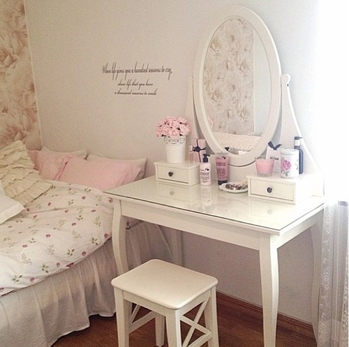 Decoraci n unos dormitorios deseables m o s h a oo l for Chambre kawaii