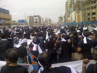 Kinshasa se mobilise et proteste contre la prise de la ville de GOMA