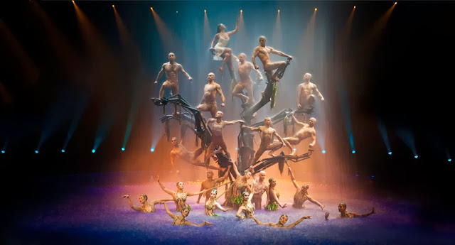 http://www.wynnlasvegas.com/Shows/LeReve/Photos