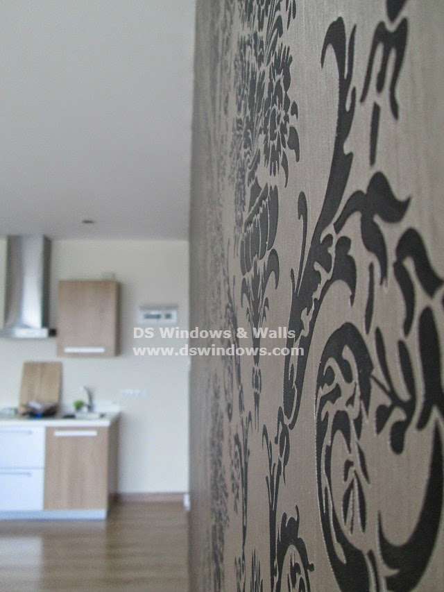 Blinds Damask Design Vinyl Wallpaper For Accent Wall In