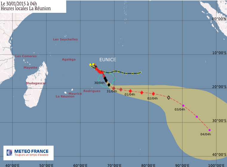 Cyclone tropical très intense Eunice
