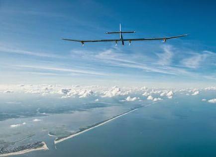 Avião movido a energia solar quer sobrevoar o Planeta