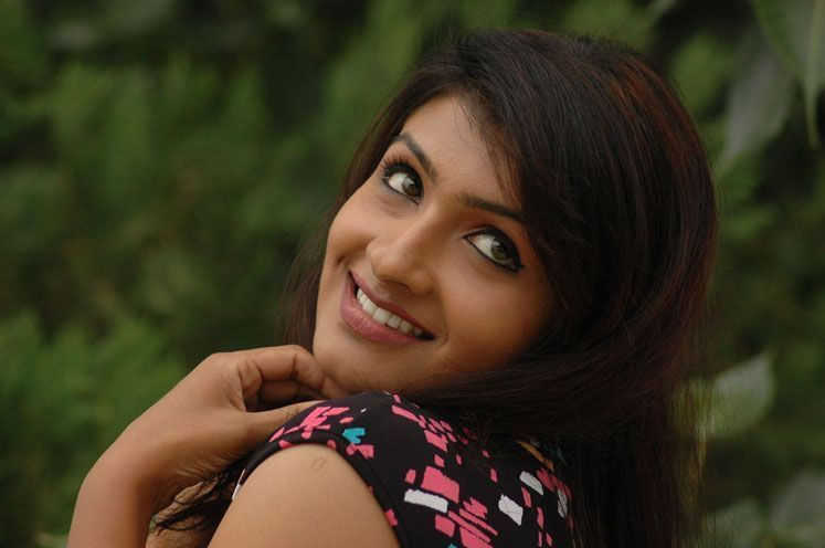 Ninnu Cheralani  Telugu Movie Hot StillsActress Sexy Photos hot images
