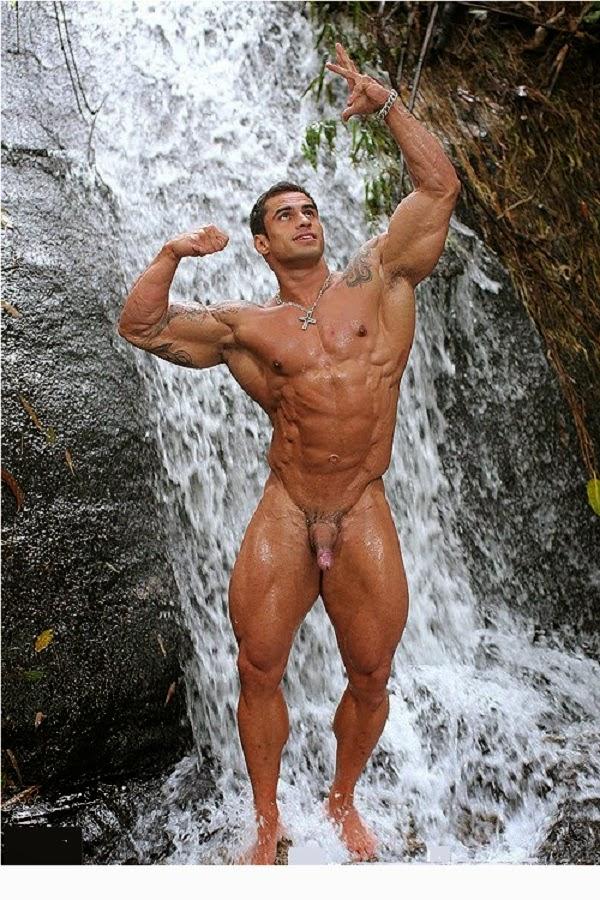 Nude Bodybuilders Penis Bulge
