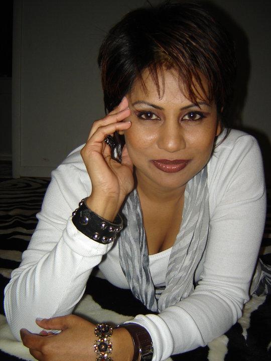 Srilankan Artist Teesha Hot