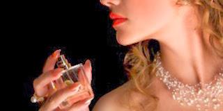 Kiat Memakai Parfum Yang Benar Agar Wanginya Tetap Awet