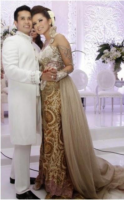 Foto Gaun Pengantin Model Kebaya Anne Avantie Pernikahan Raffi Ahmad Nagita Slavina