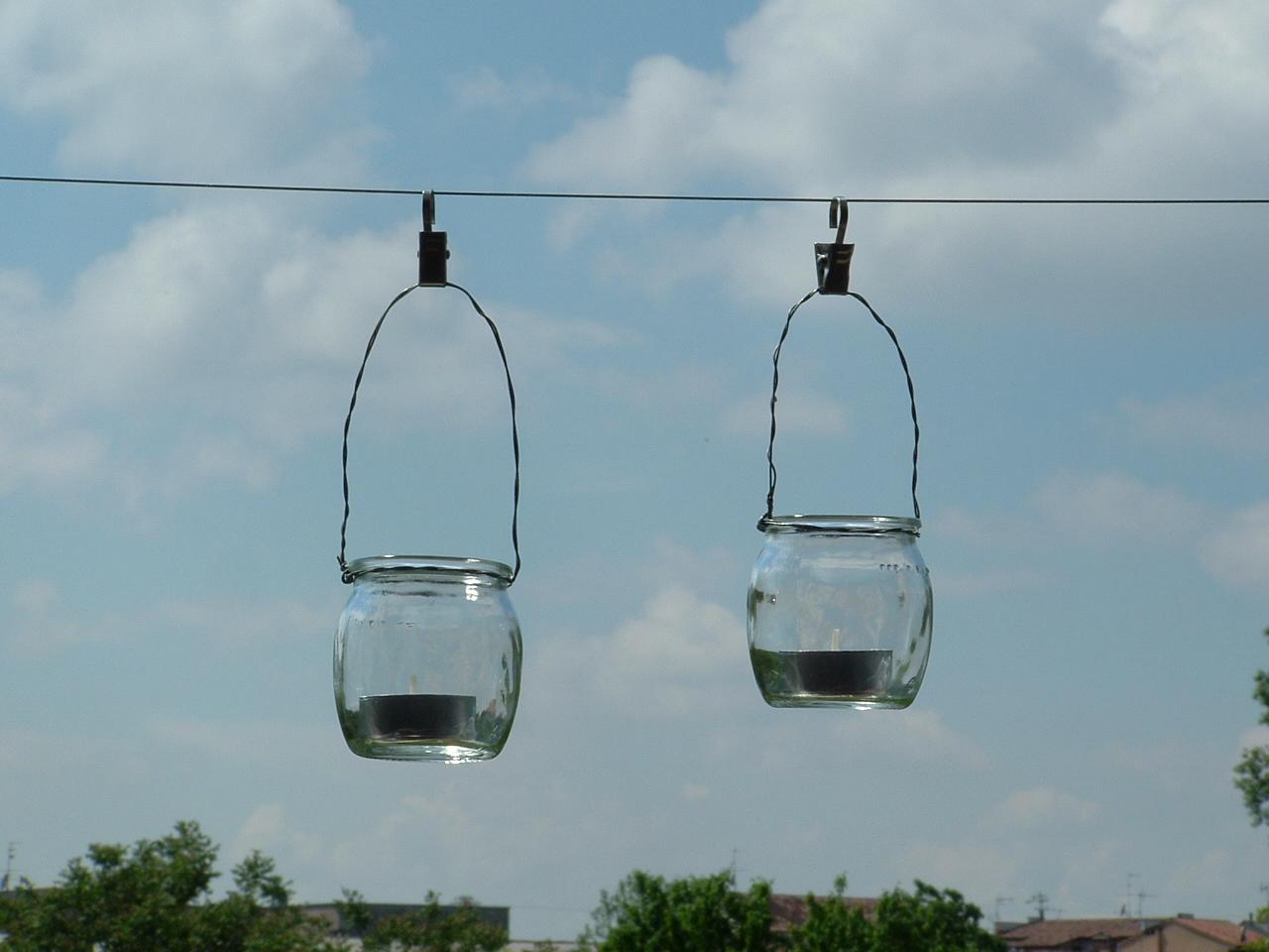 Ricicla e crea lanterne con vasetti in vetro dello yogurt - Vasetti vetro ikea ...