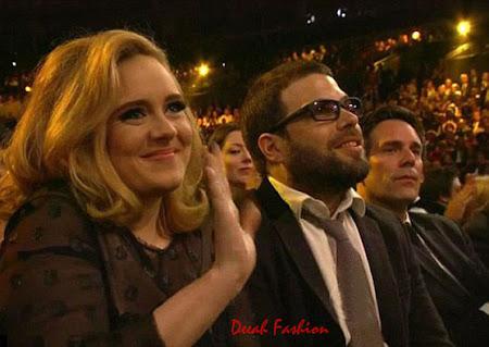 Adele Melahirkan Bulan September Ini