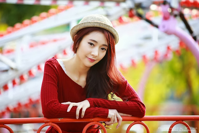 1 Seo Yeon Seo lovely outdoor - very cute asian girl-girlcute4u.blogspot.com